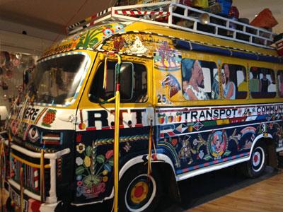Bus musée de l'Homme